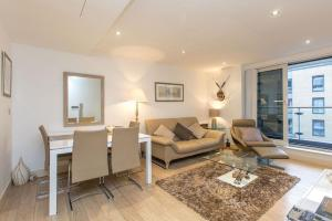 Imperial Wharf Apartment in London, Greater London, England