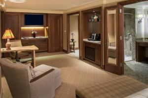 Lodge Premium King Room