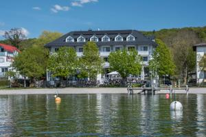 Ammersee-Hotel Utting am Ammersee - Pensionhotel - Hotely