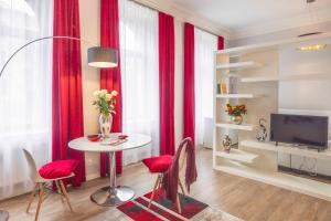 Amalienhof Serviced Apartments
