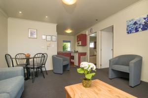 Aldan Lodge Motel, Motels  Picton - big - 9