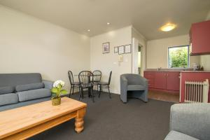 Aldan Lodge Motel, Motels  Picton - big - 11