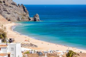2 Bedroom Apartment With Ocean Views, Apartments  Luz - big - 2