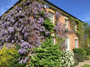 Redmarley Bed & Breakfast in Redmarley D'Abitot, Gloucestershire, England