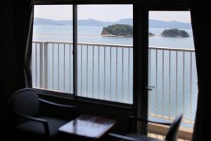 Shodoshima Grand Hotel Suimei, Hotely  Tonosho - big - 3