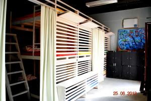 Bed in 18-Bed Mixed Dormitory Room