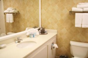 King Room with Bath Tub - Disability Access - Non-Smoking