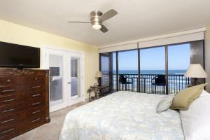 Apartment with Sea View #9