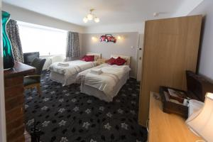 Wyngate Guest House in Great Meols, Merseyside, England