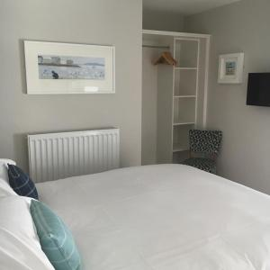 Plume Of Feathers B&B in Porthscatho, Cornwall, England