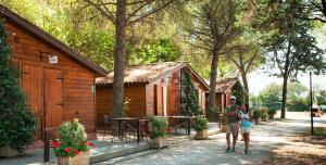 Camping Village Assisi - AbcAlberghi.com