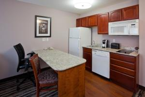GrandStay Residential Suites Hotel, Hotely  Saint Cloud - big - 16