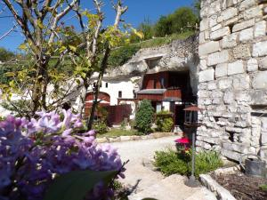 Les Troglos de Beaulieu, Bed and Breakfasts  Loches - big - 1