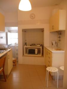 Courtyard House in Alfama, Apartments  Lisbon - big - 52
