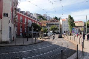 Courtyard House in Alfama, Apartments  Lisbon - big - 43