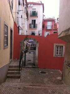 Courtyard House in Alfama, Apartments  Lisbon - big - 37