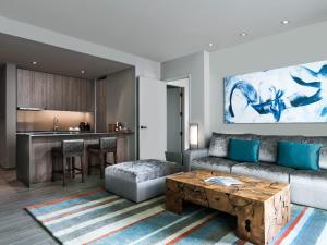 Jr. Residential Suite
