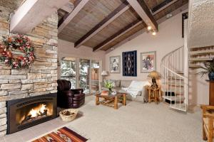 Three-Bedroom Apartment with Loft