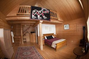 Chalet with Loft