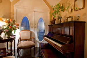 Ocean Breeze Executive Bed and Breakfast, Bed & Breakfasts  North Vancouver - big - 40