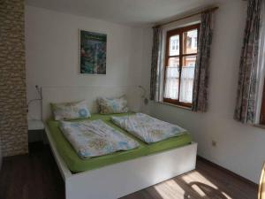 Pension Ins Fischernetz, Guest houses  Meersburg - big - 15