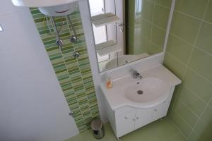 Olive Apartments, Appartamenti  Ugljan - big - 36
