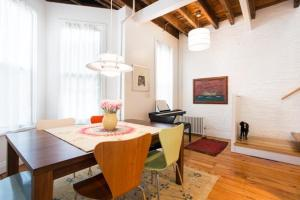 Four-Bedroom Apartment - 16th Street