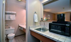 Quadruple Room with Bathtub - Disability Access