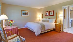 Superior King Suite - Pet Friendly