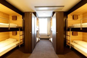 Single Bed in 8-Bed Female Dormitory Room Ensuite