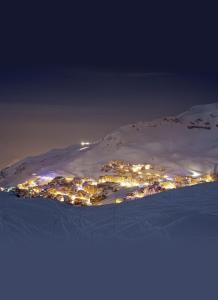 Place De La Lombarde, 73440, Val Thorens, France.