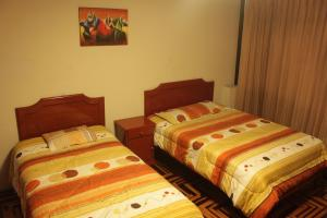 Deluxe Room (1 adult + 1 child) with Private Bathroom