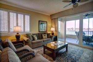 Standard Suite with Bay View