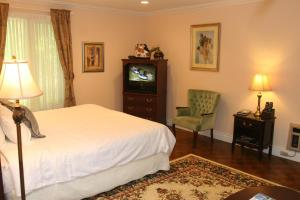 Niagara Grand View Premier Suite