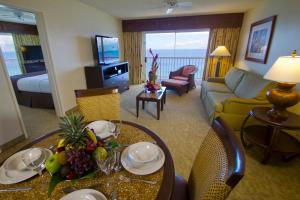 Deluxe One-Bedroom Suite with Ocean View