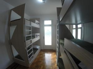 Bunk Bed in Mixed Dormitory Room with Balcony (6 adults)