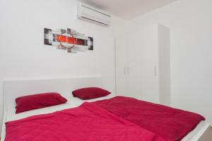 M.G Apartments, Appartamenti  Brodarica - big - 42