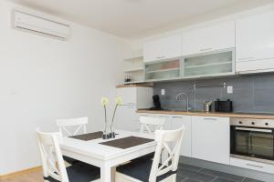 M.G Apartments, Appartamenti  Brodarica - big - 37