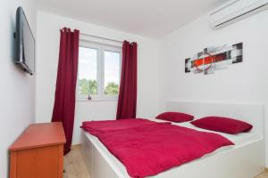 M.G Apartments, Appartamenti  Brodarica - big - 35