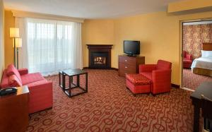 Junior Presidential Suite