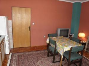 Holiday Home Petar IR7651, Holiday homes  Banjol - big - 8