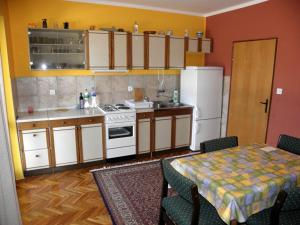 Holiday Home Petar IR7651, Holiday homes  Banjol - big - 16