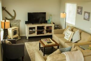 Pelican's Pier Vacation Home, Holiday homes  Fort Bragg - big - 11