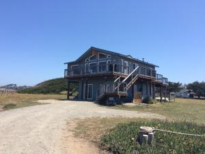 Pelican's Pier Vacation Home, Holiday homes  Fort Bragg - big - 4
