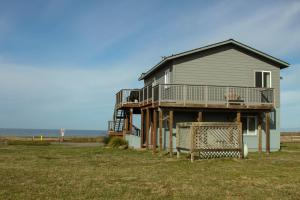 Pelican's Pier Vacation Home, Holiday homes  Fort Bragg - big - 2