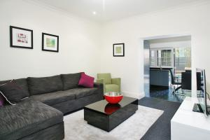 StN2S 2BR Potts Point - Uptown Apartments