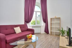 Luxury one bedroom apartment at 15 Kreshatik str.