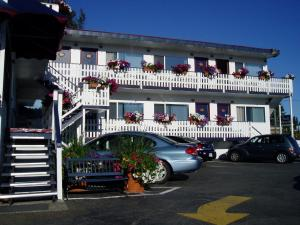 Photo of Buccaneer Inn