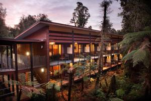 Photo of Te Waonui Forest Retreat