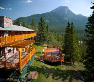 Photo of Overlander Mountain Lodge